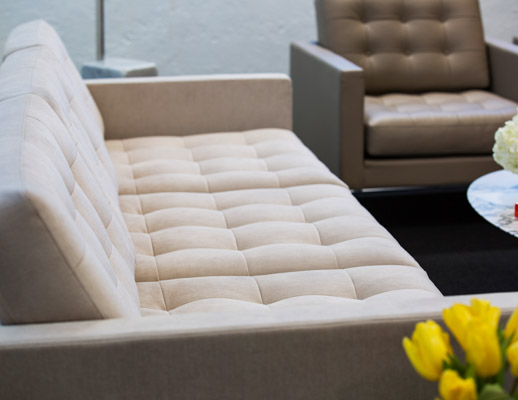 Florence Knoll™ Relaxed Lounge Chair | Kno