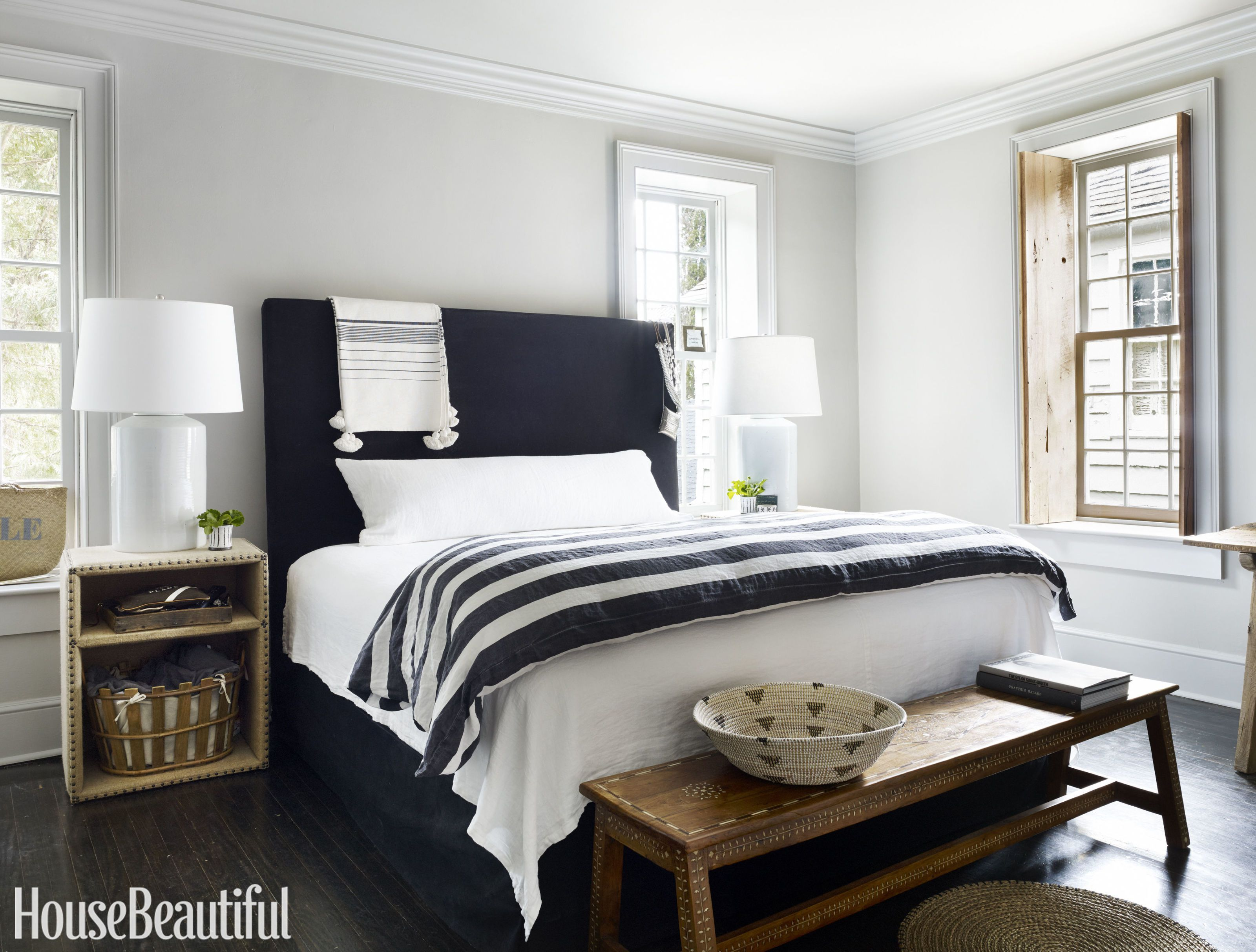 15 beautiful black and white bedroom ideas - black and white decor BVMDTPL