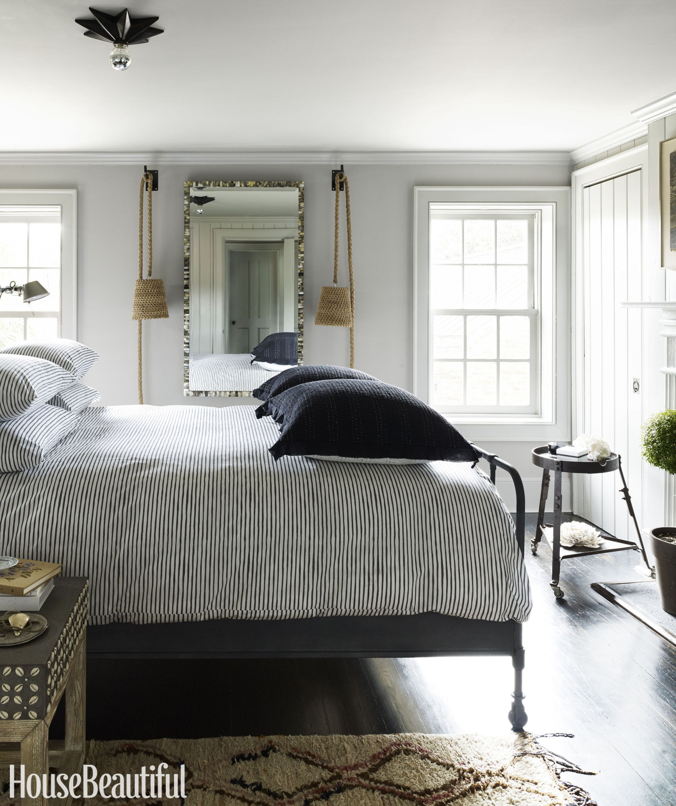15 beautiful black and white bedroom ideas - black and white decor UGWCDFK