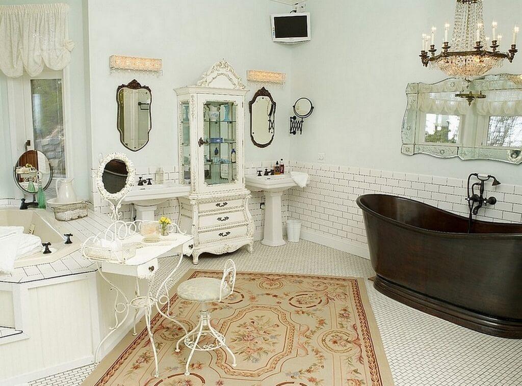 Beautiful shabby chic bathroom