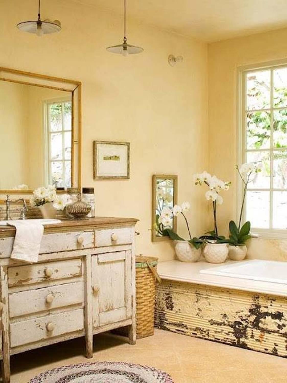 Reclaimed yellow bathroom