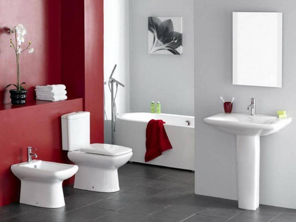 Beautiful red bathroom