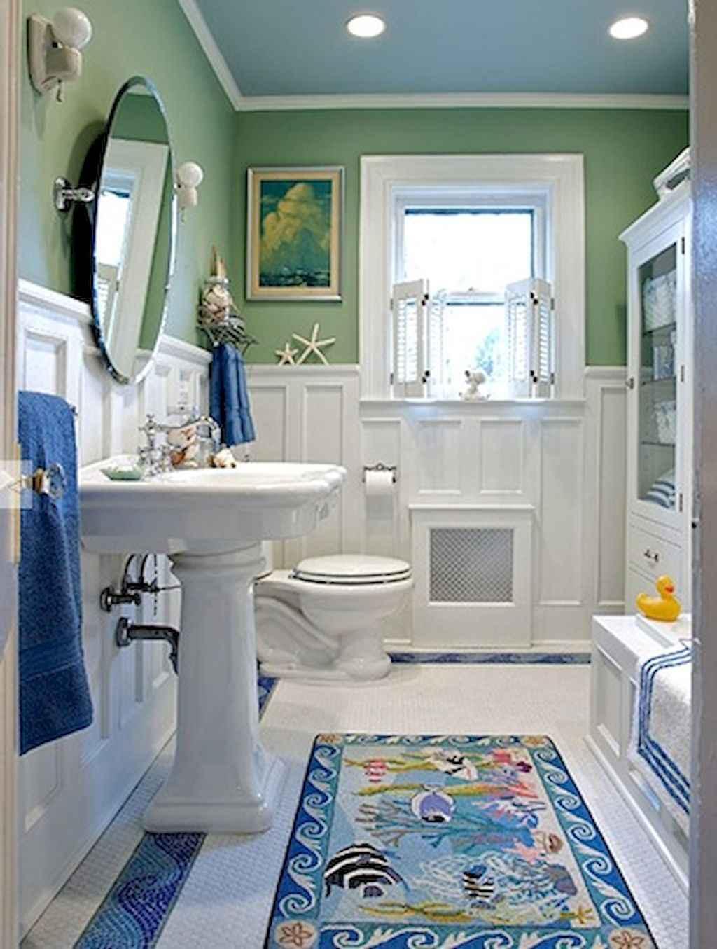 Nice bathroom paneling