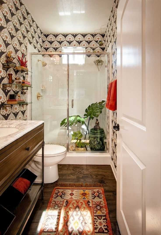Seductive boho bathroom