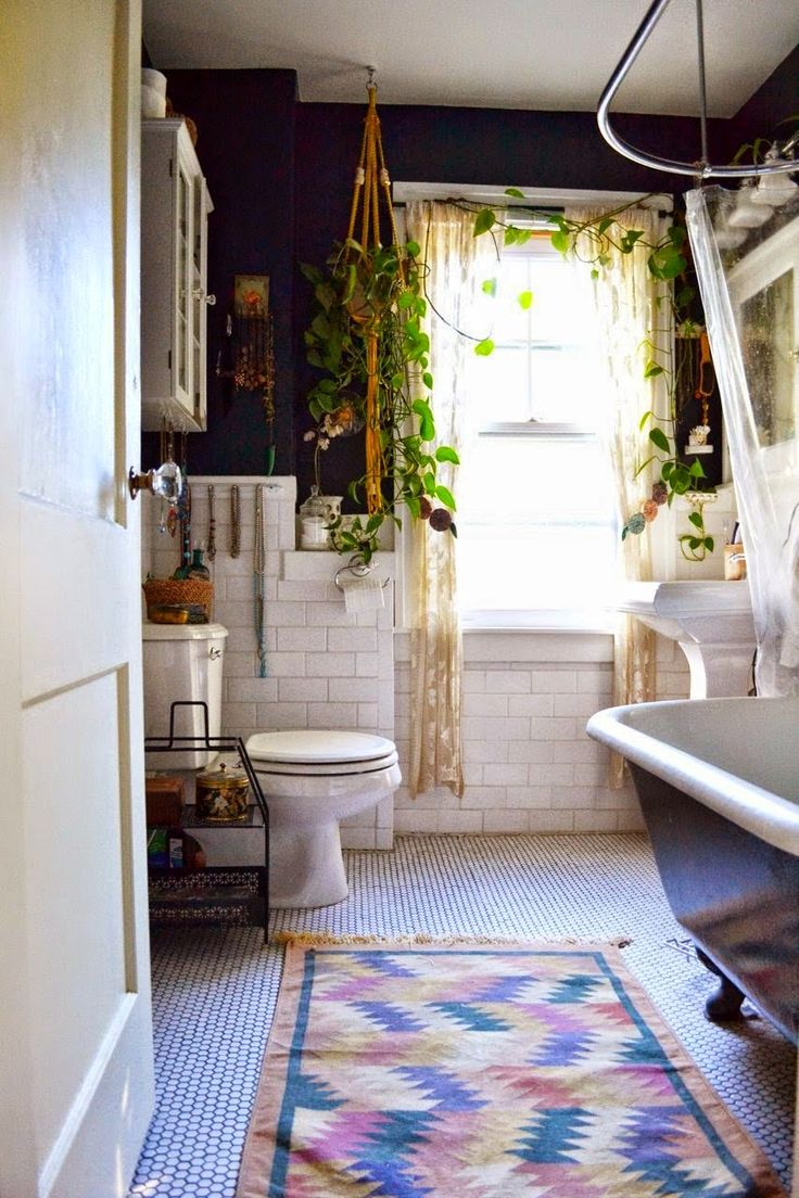 Wonderful boho bathroom