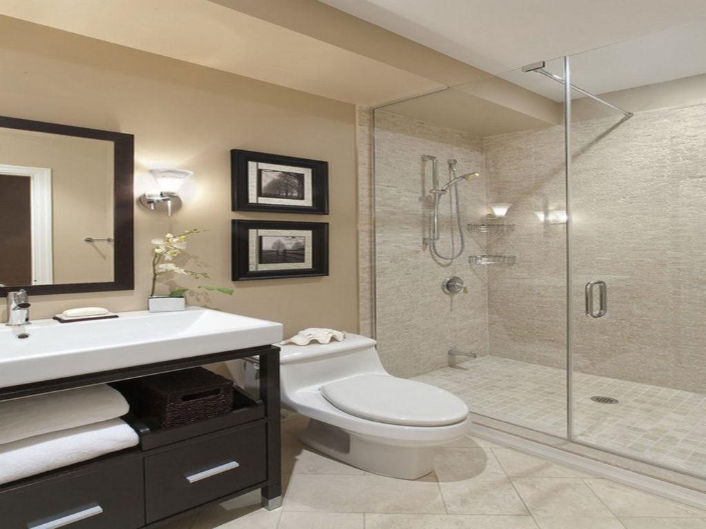 Interesting beige bathroom
