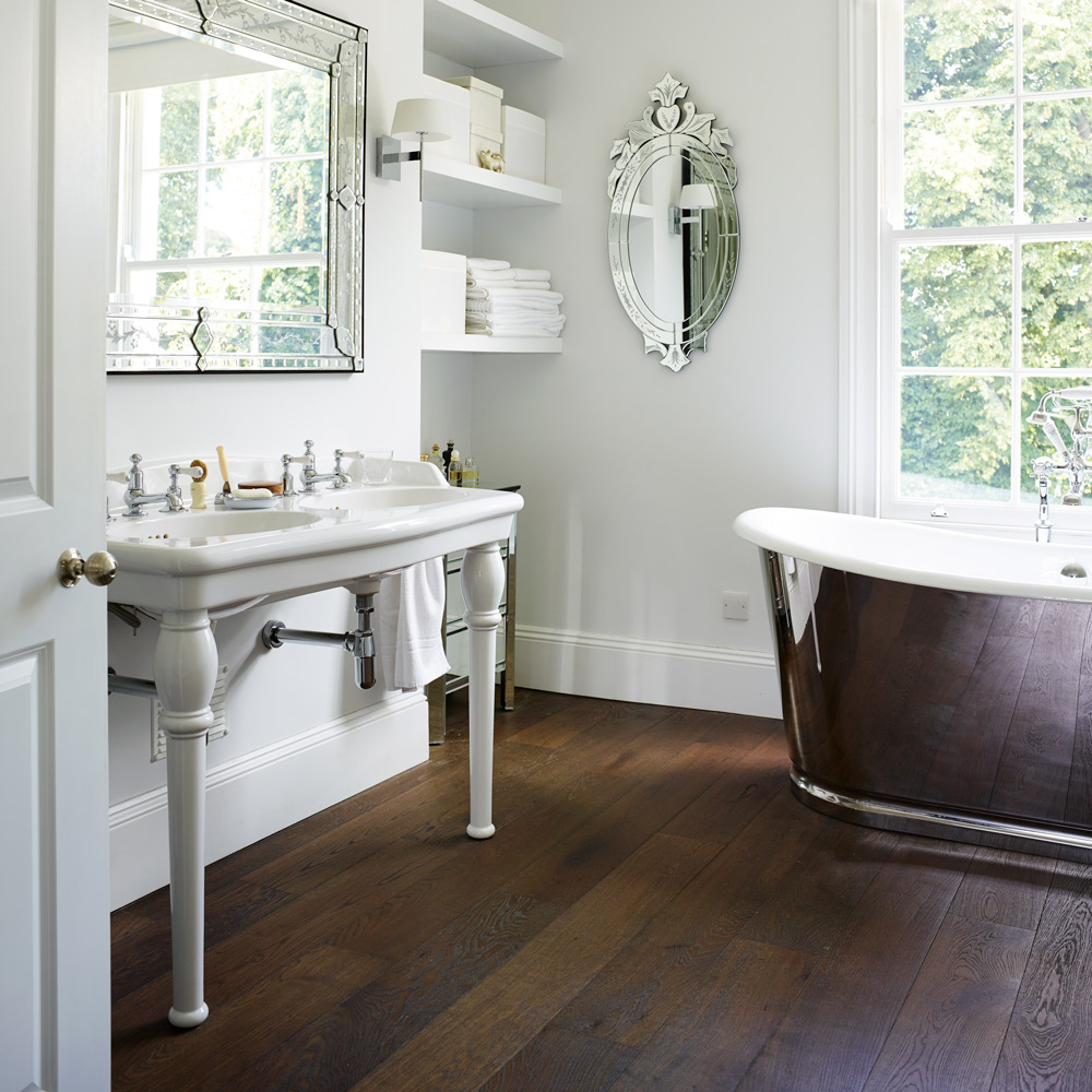 Traditional bathroom floor