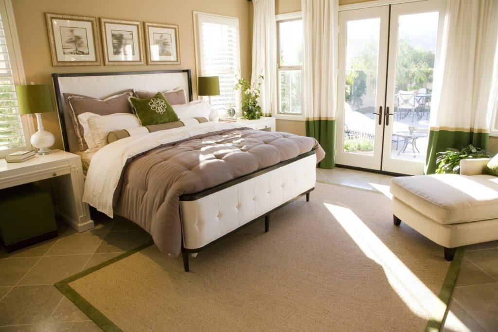 Airy beige bedroom