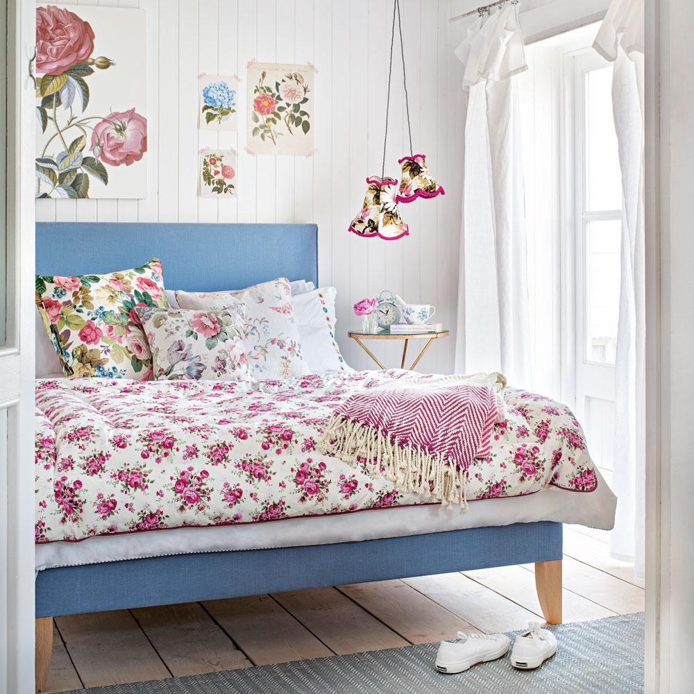 Adorable cottage bedroom