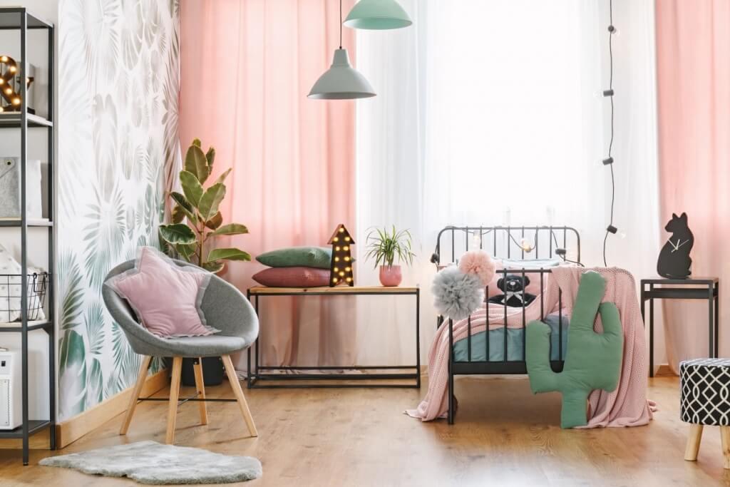 Leaf bedroom wallpaper