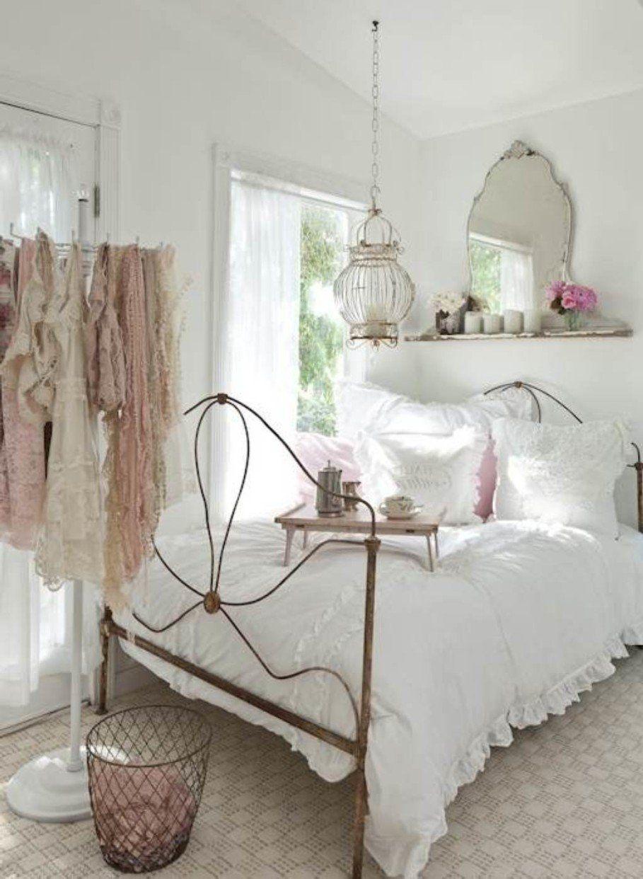 Shabby chic women bedroom