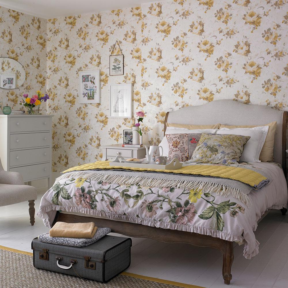Nice cottage bedroom