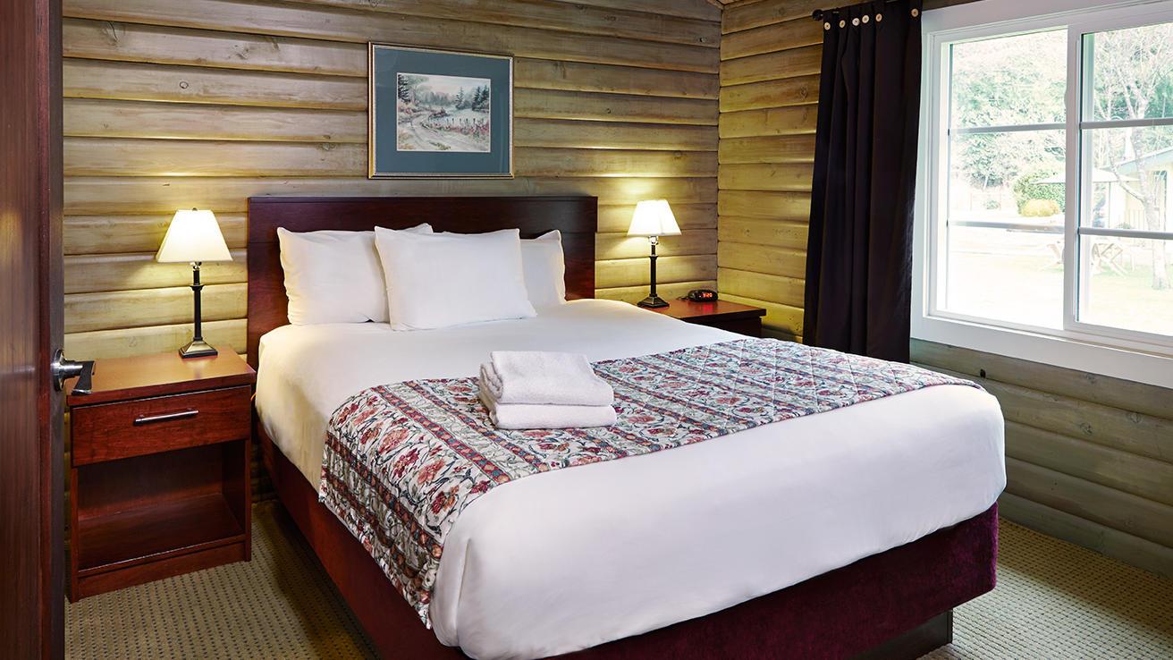 Pleasant cottage bedroom