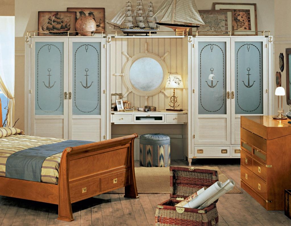 Natural nautical bedroom