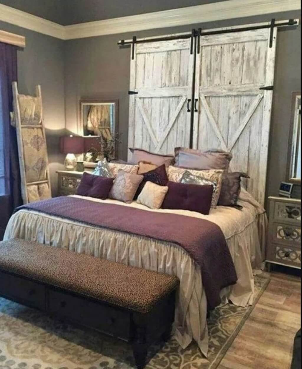 Impressive farmhouse bedroom