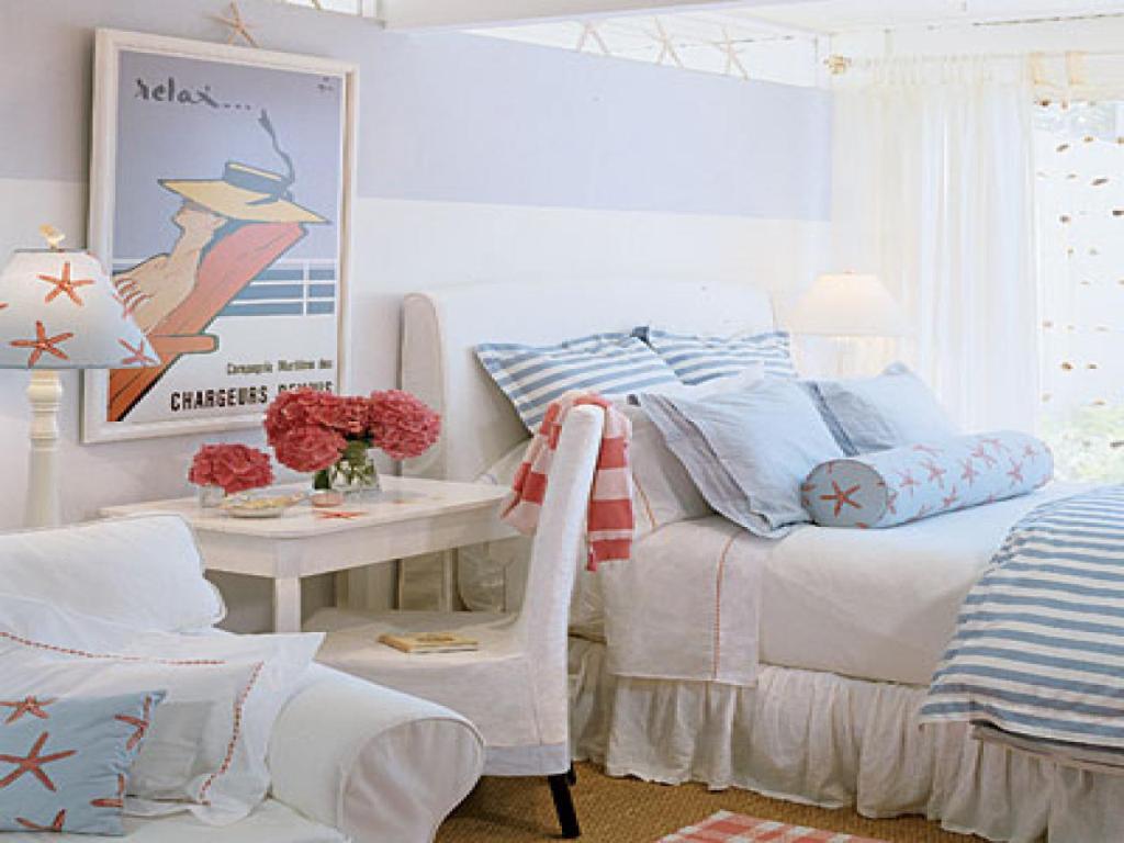 Cozy beach bedroom