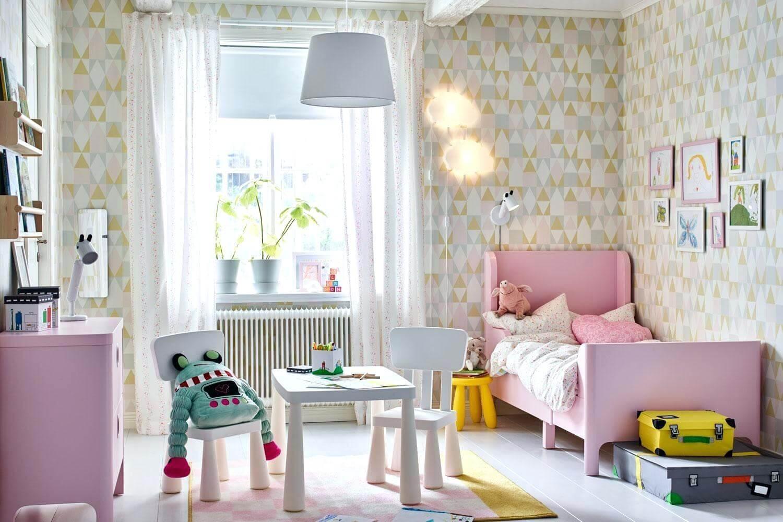 Triangular bedroom wallpaper