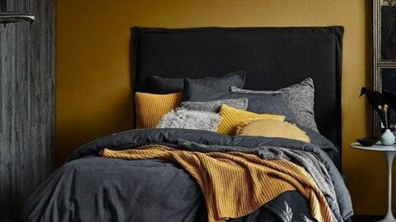 Light dark bedroom