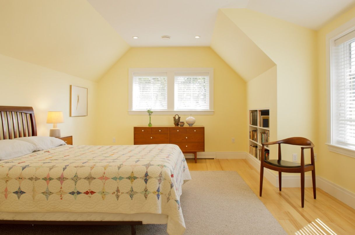 Warm bedroom for young adults