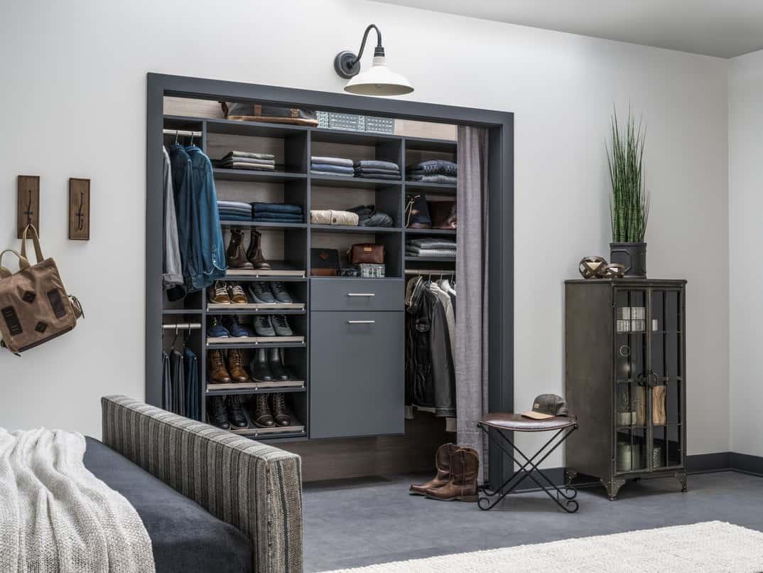 Minimalist bedroom cabinet