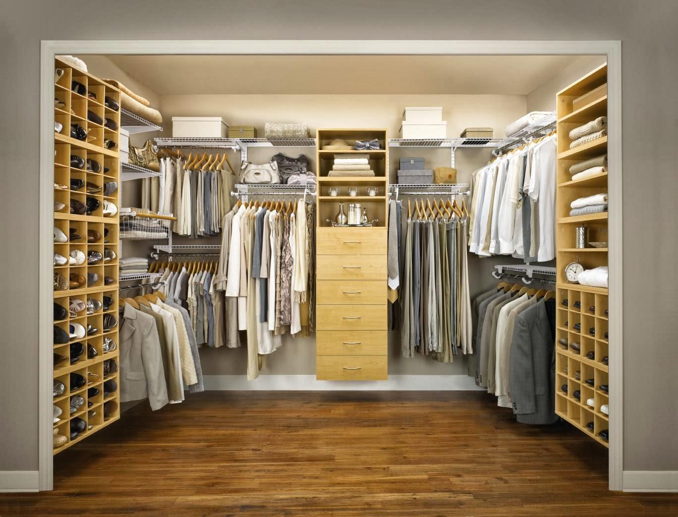 Stunning bedroom closet