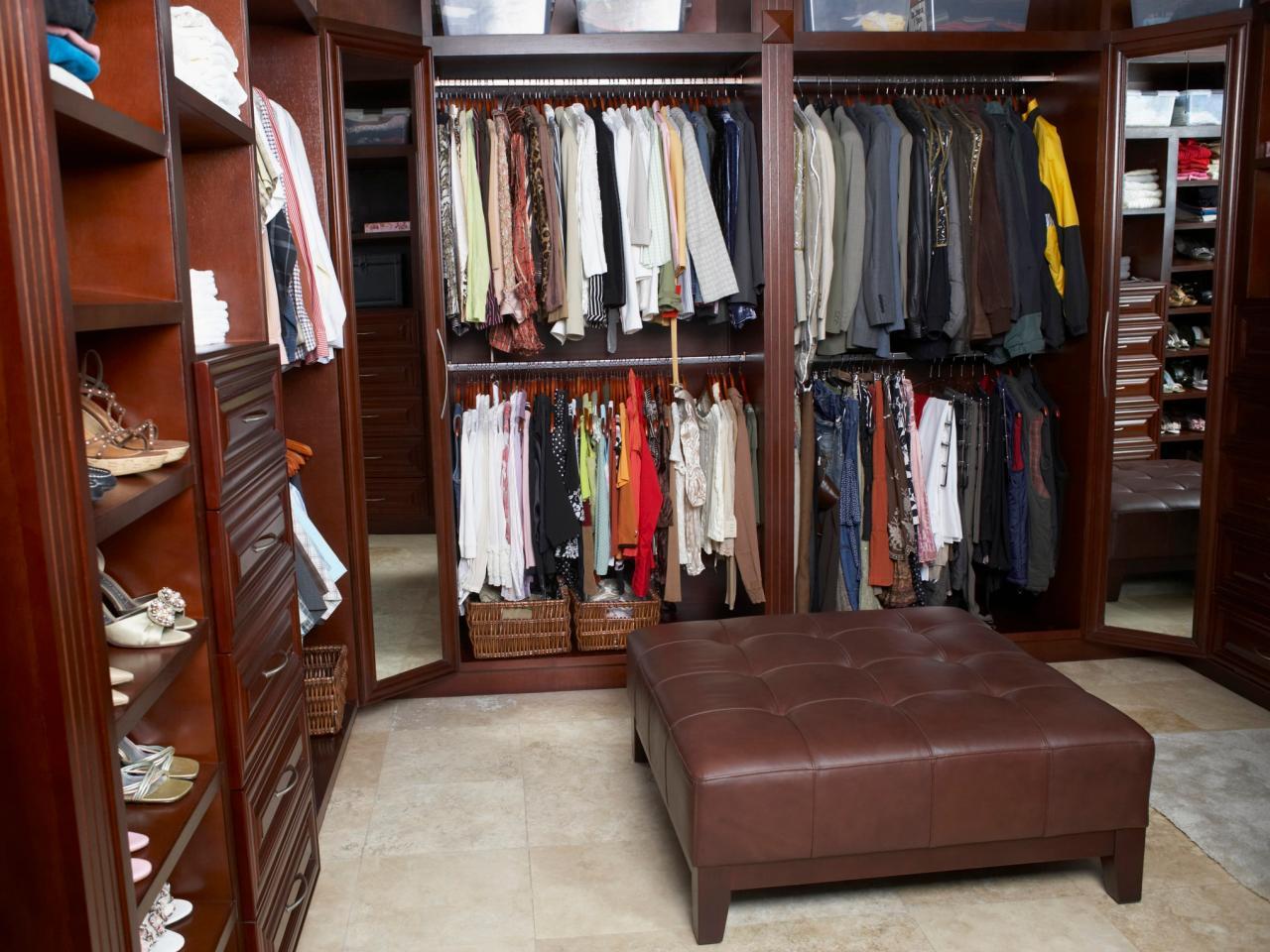 Walk-in bedroom closet