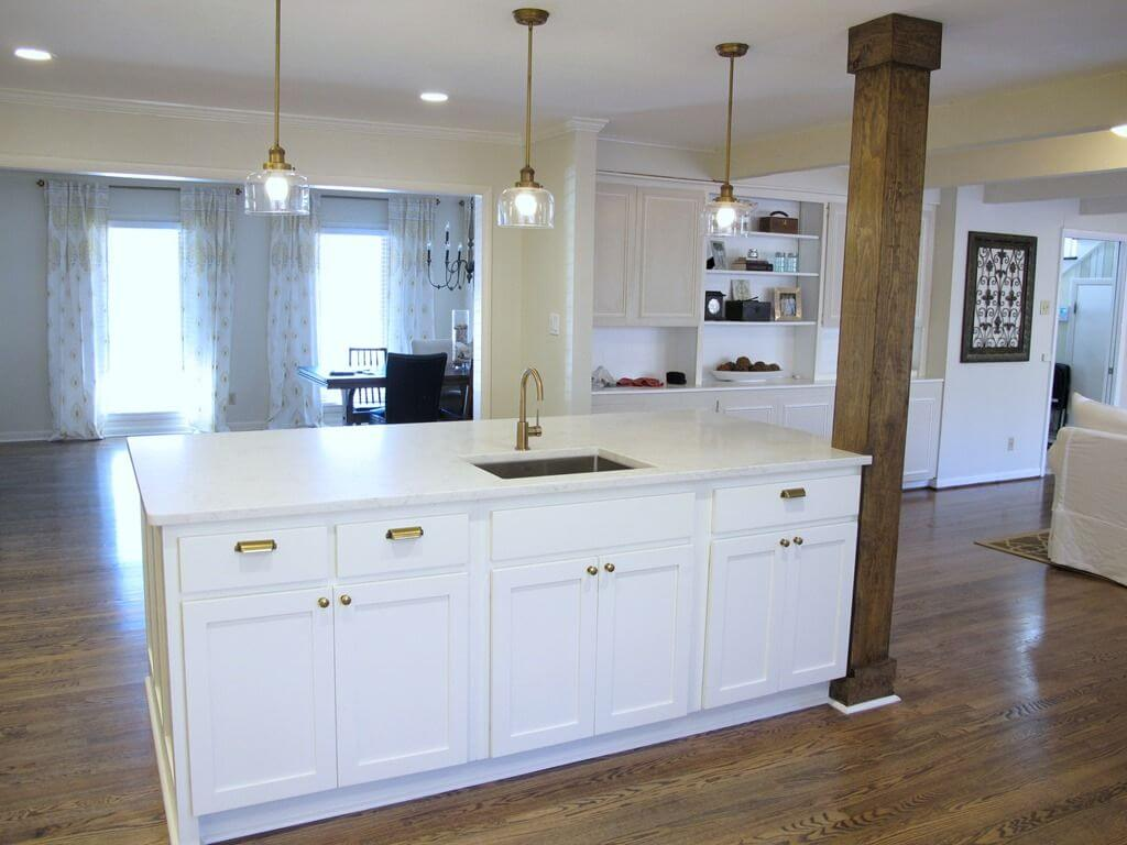 Simple industrial kitchen lighting