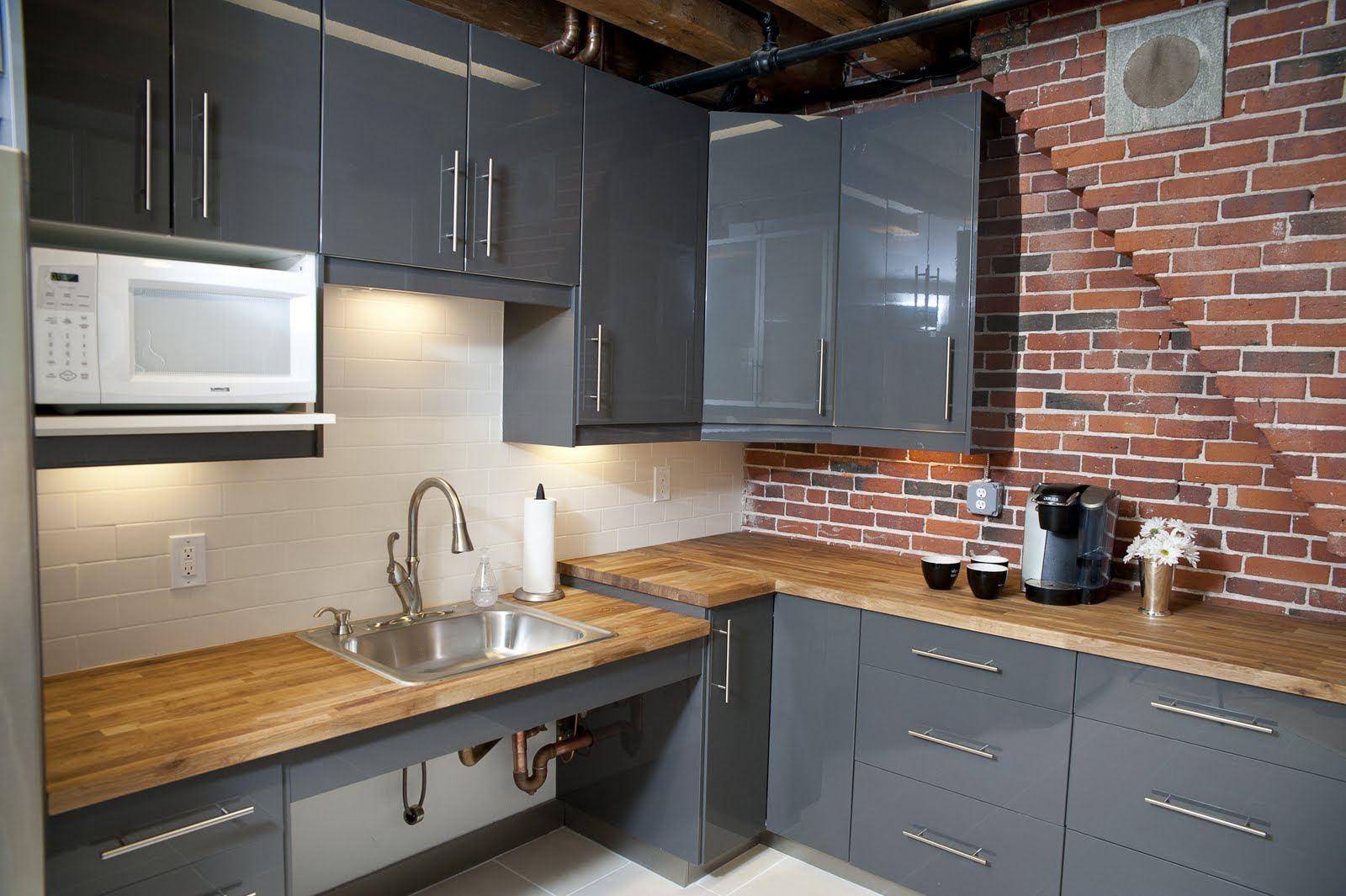 Cool backsplash from brick kitchens