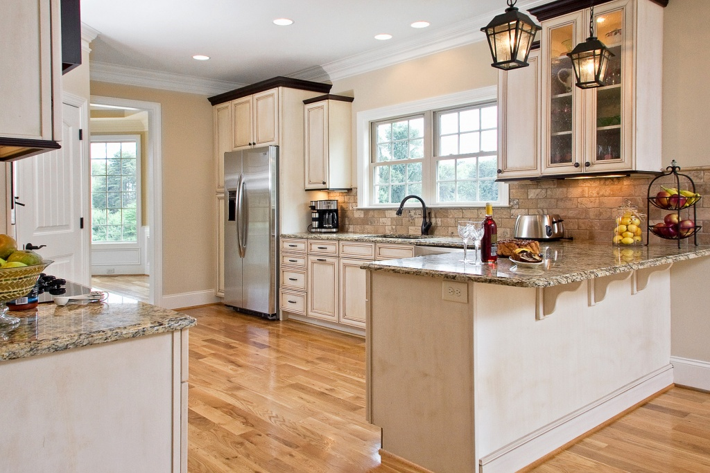 Well-known French country kitchen lighting