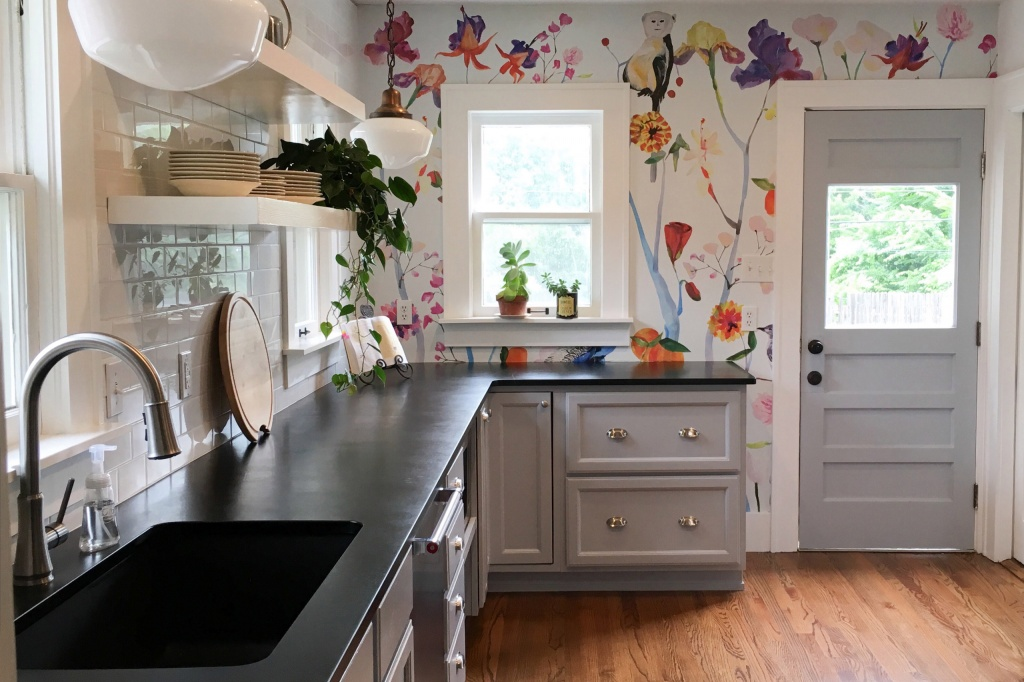 Happy kitchen wallpaper