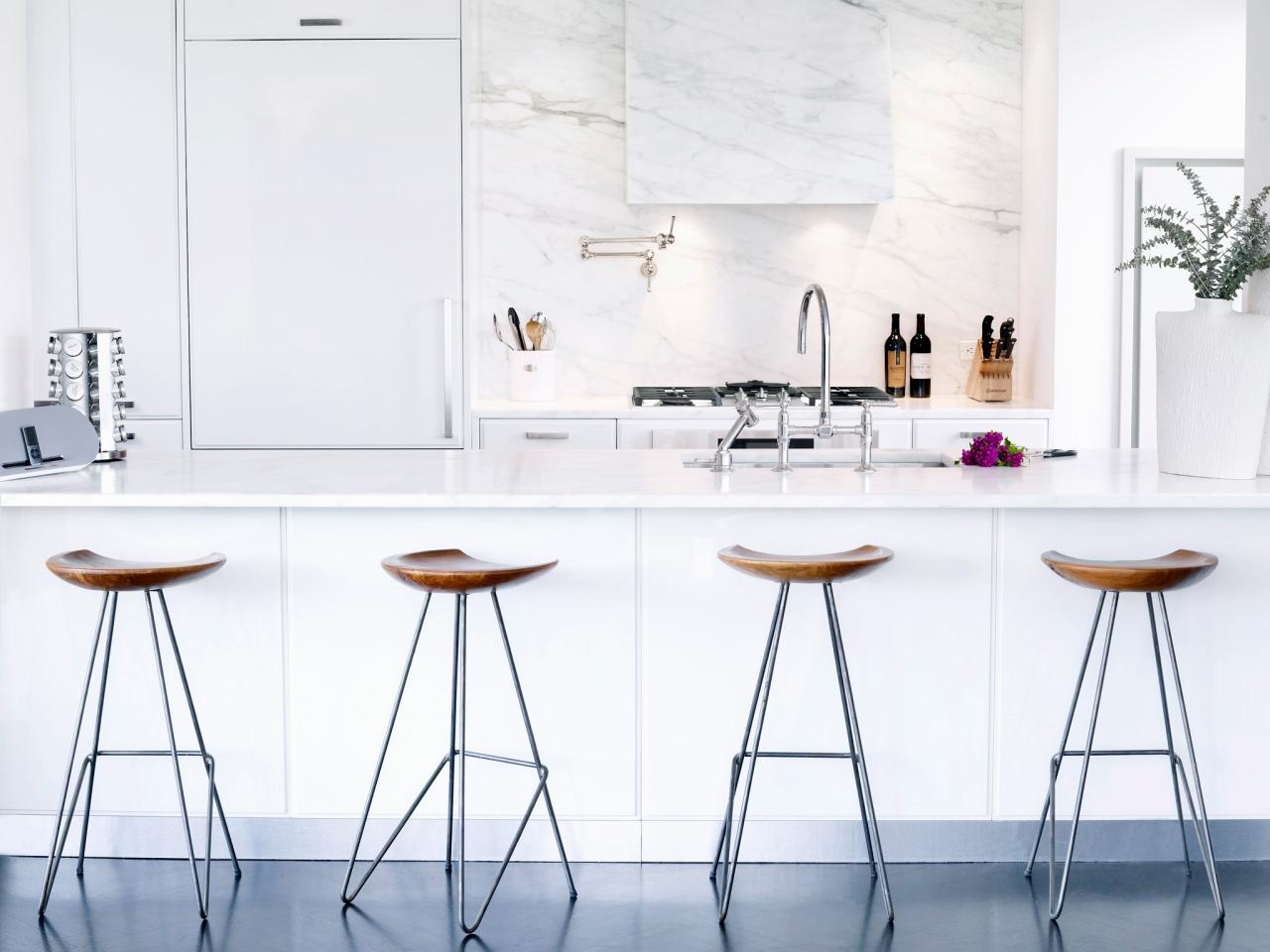 Kitchen island with an innovative sink