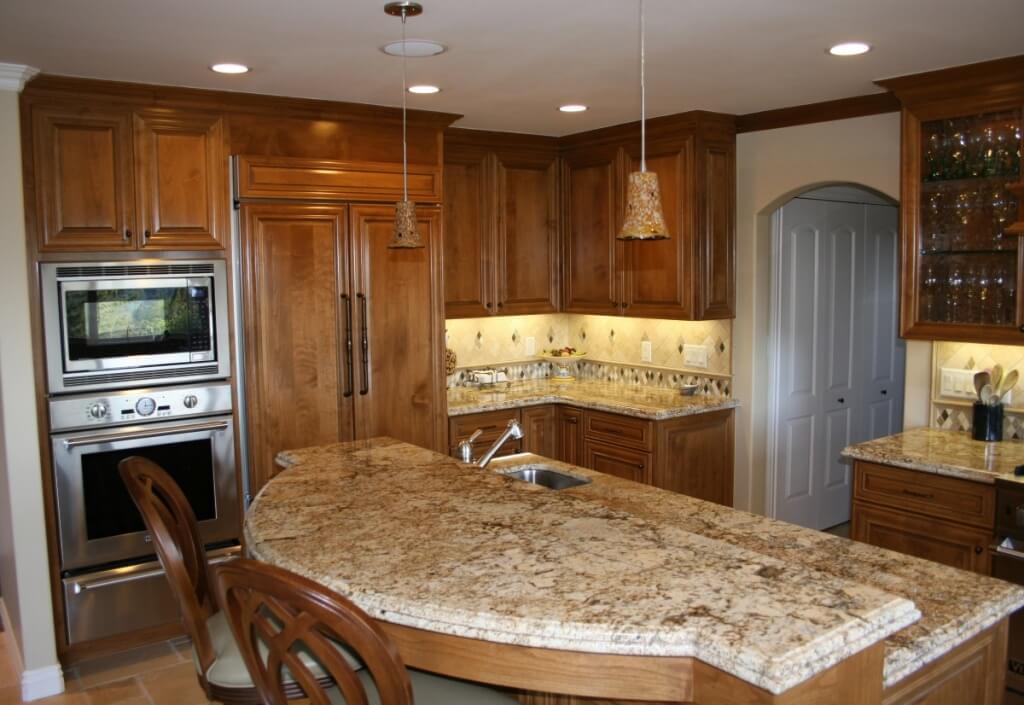 Simple built-in kitchen lighting