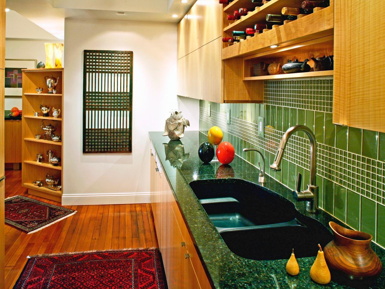 Colored wash basin