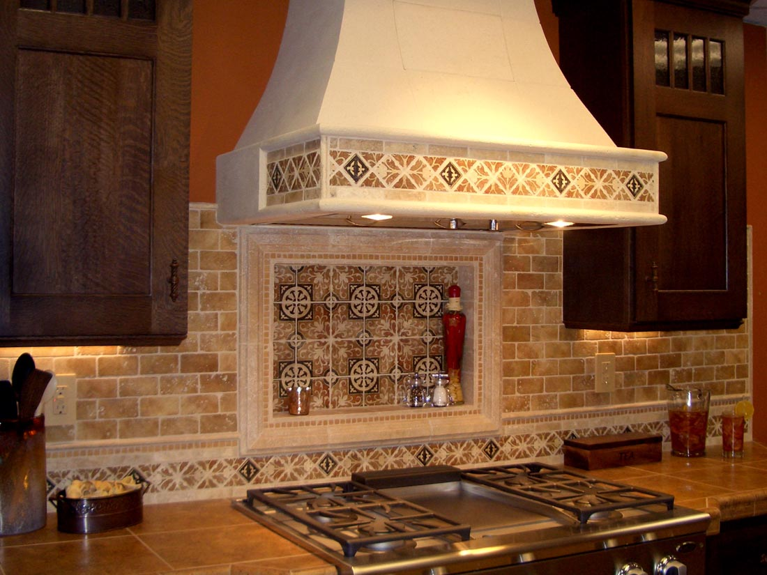 Country-style extractor hood