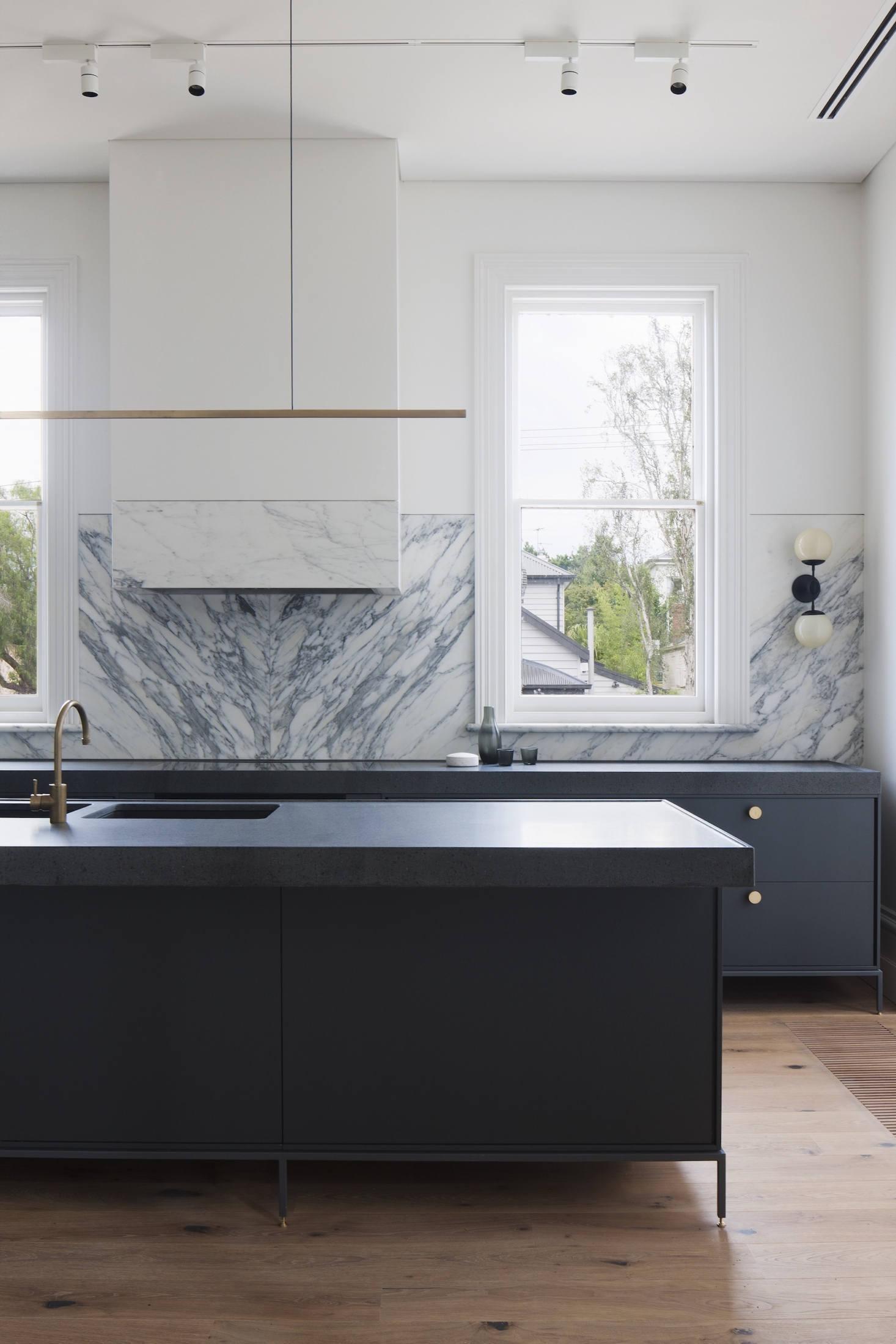 Elegant, inexpensive kitchen island
