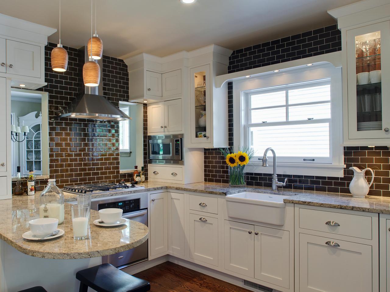 Creative, inexpensive kitchen island