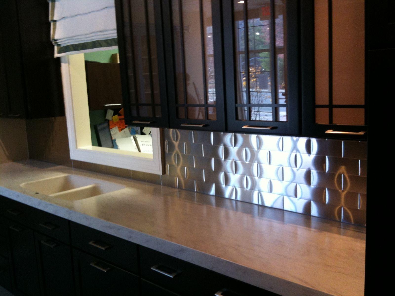 Sweet kitchen splashback made of stainless steel