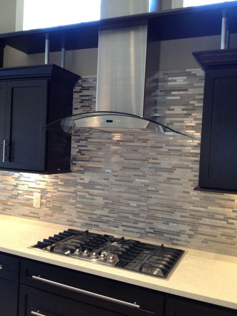 Trendy kitchen splashback made of stainless steel