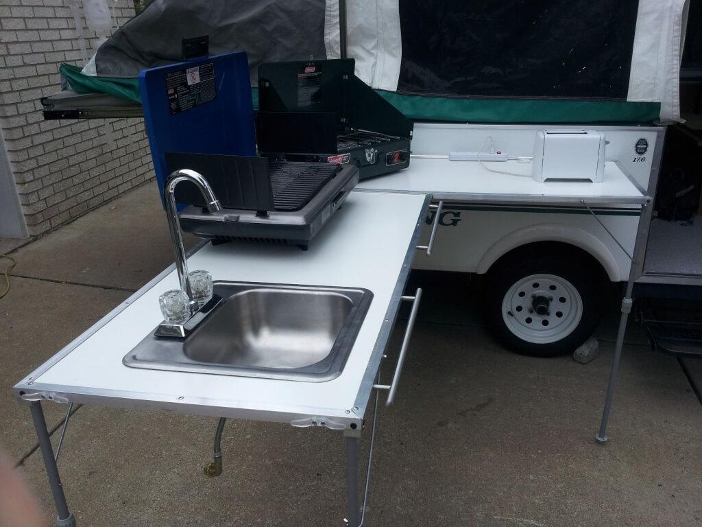 Light outdoor kitchen sink
