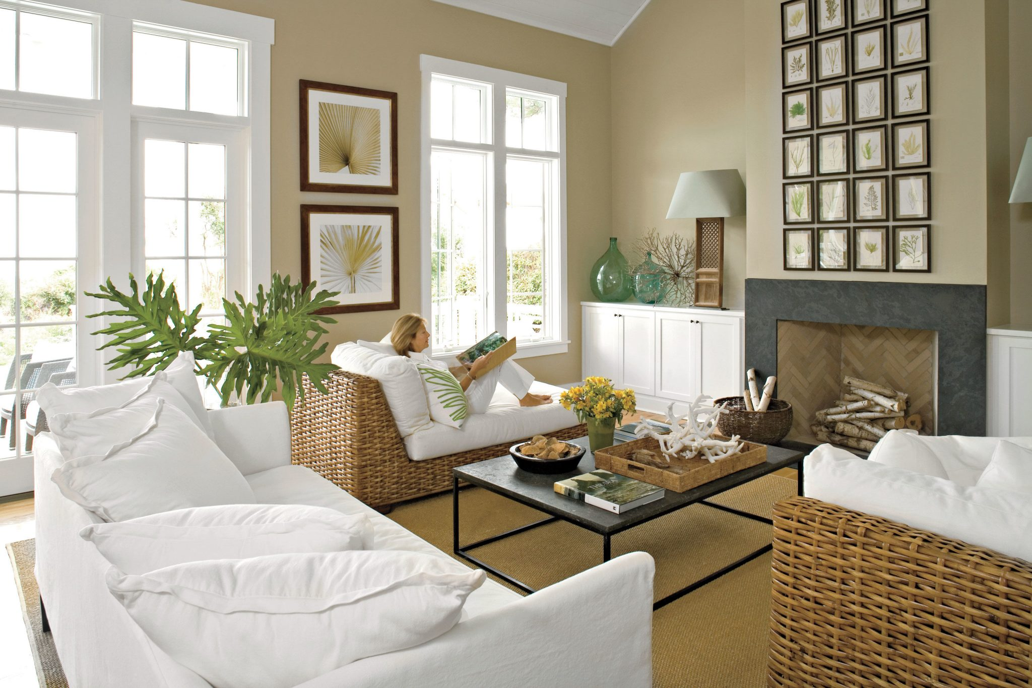 Fireplace without a cover in the beach sanctuary