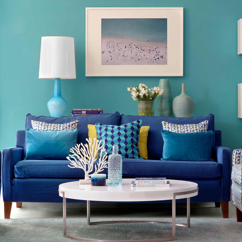 Blue-green casual living room