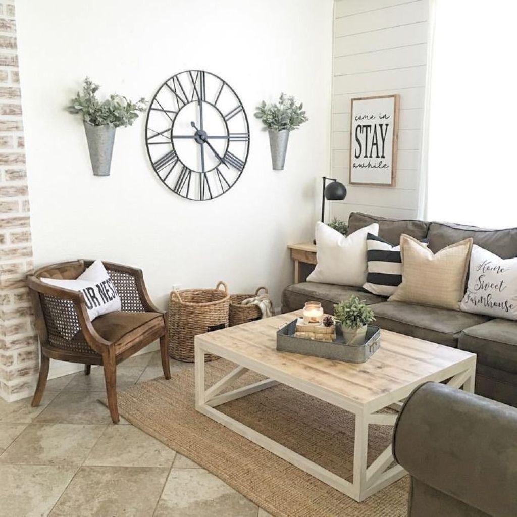 Vintage Cottage Living Room Ideas