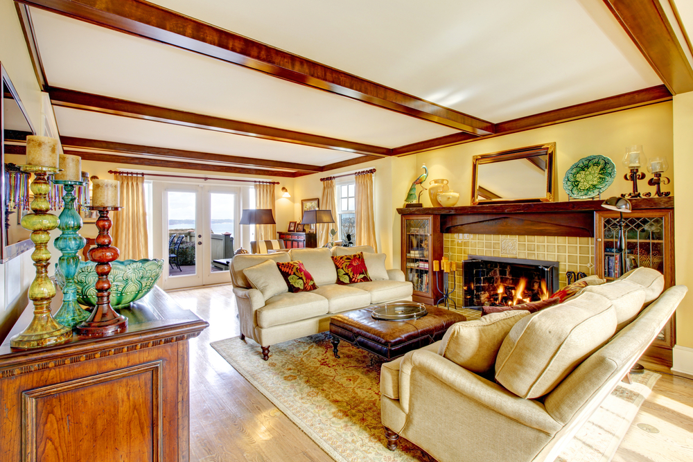 Living room with a fireplace on the wall