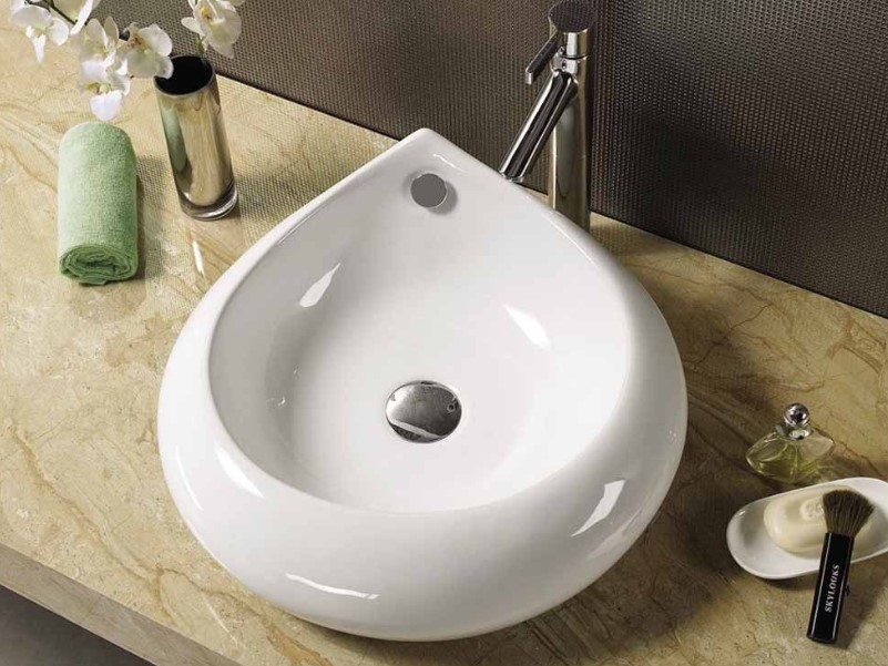 15 Bathroom Countertop Ideas 2020 (and Their Benefits) 4