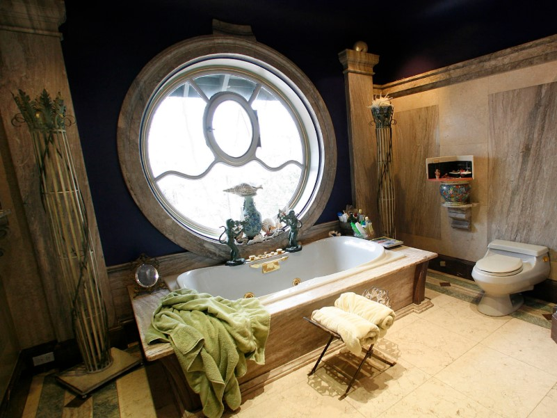 45 ideas for bathroom windows 2020 (for different designs) 3