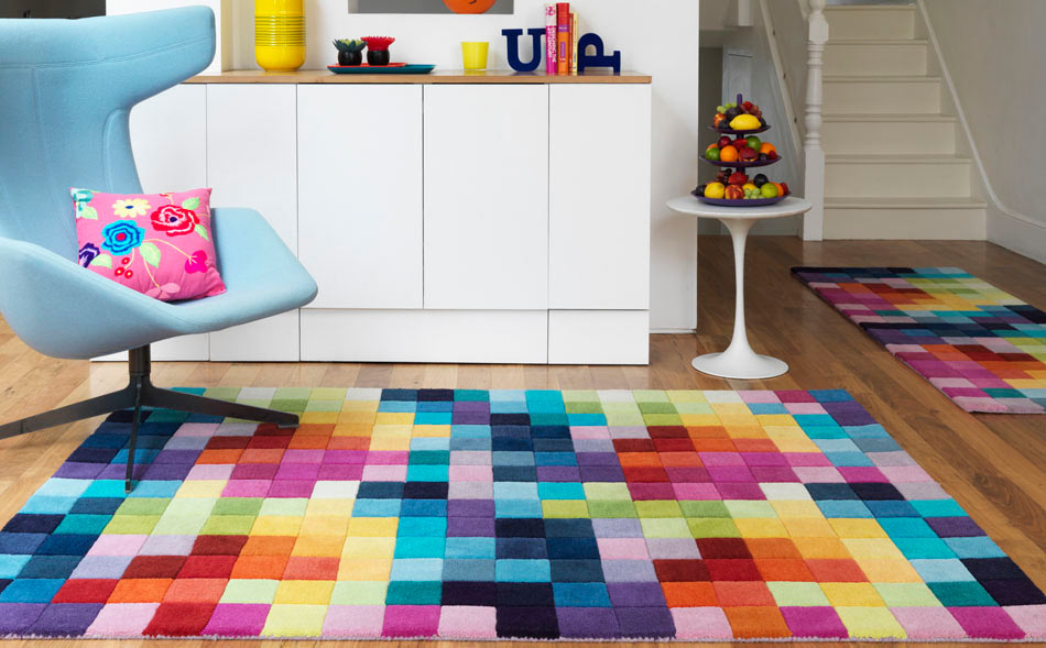 18 rooms with colorful carpets ... CGOEZMH