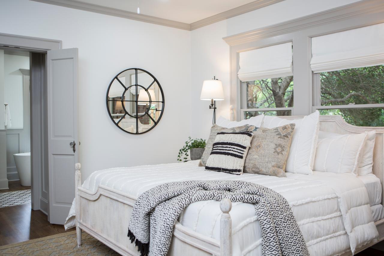 Cozy Joanna Gaines bedroom
