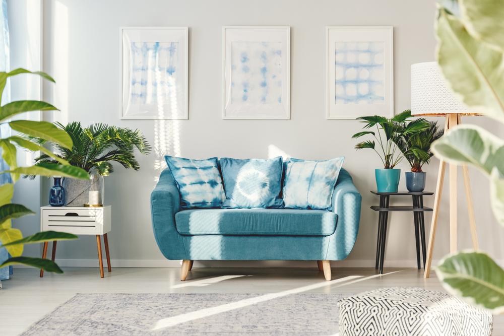 Mini garden-inspired blue living room