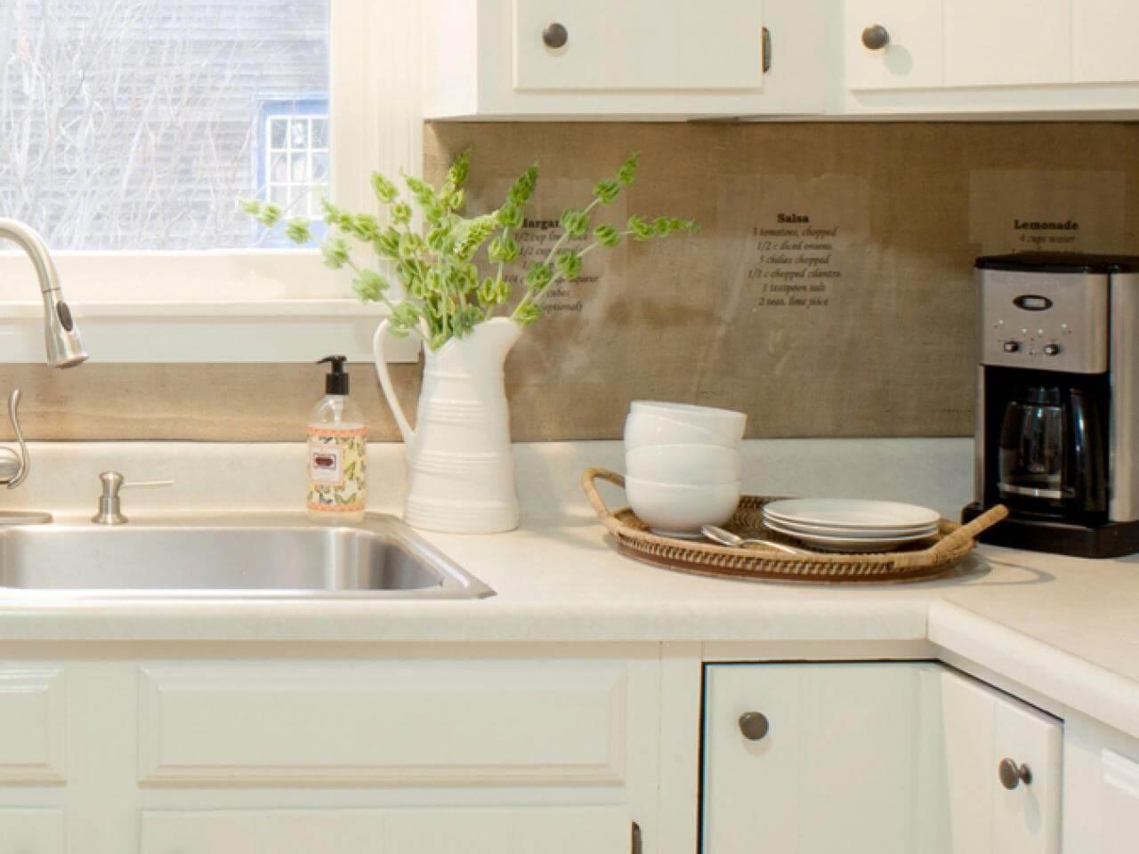 Inexpensive, cool kitchen splashback
