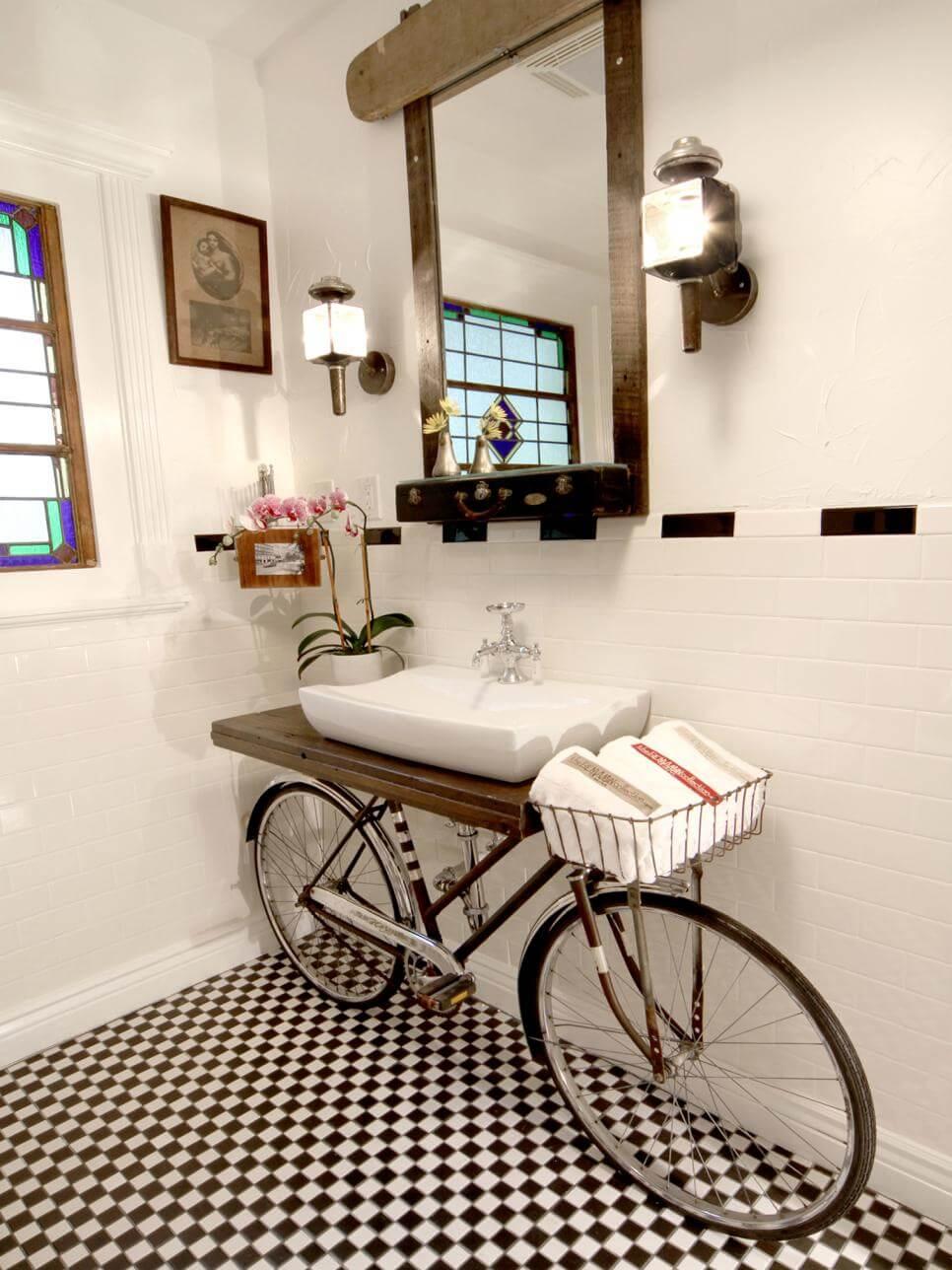 Brilliant DIY bathroom vanity
